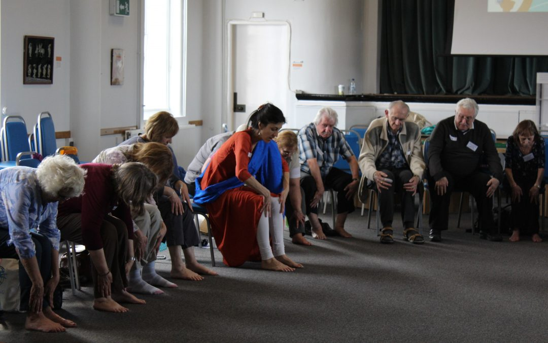 Dance Well @ Harefield Library | With Rachel Waterman and Hiten Mistry